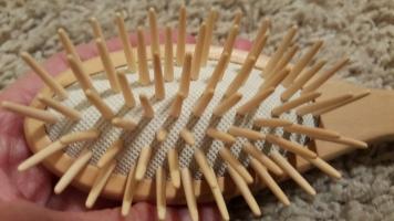 Wood hair brush 3