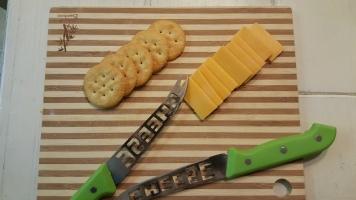 green cheese knives 3