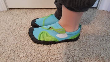 water shoes 2