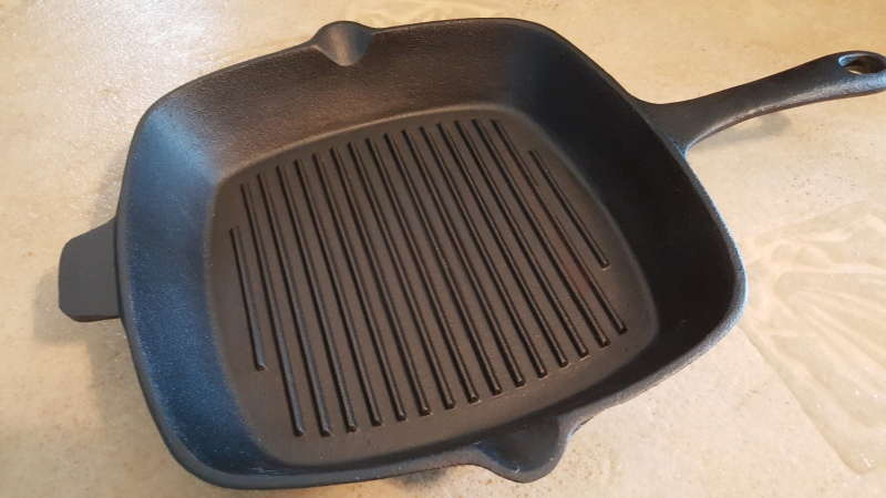 square-cast-iron-pan-1